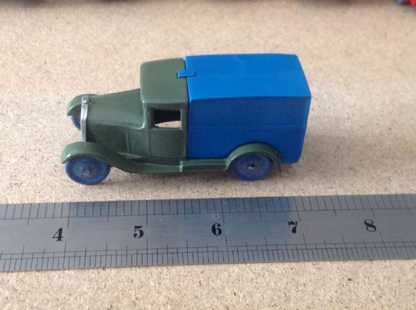 "Dinky Toys Copy Model 28 Series Type 1 Delivery Van "" Hornby Van Green & Blue """